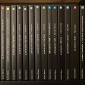 Lloms. Uns quants títols de les col•leccions: Fosca, Colors, Il•lustrada i Simbolet En teniu cap?  . . . #llomsdellibres  #lloms #collecions  #collecciocolors  #collecciofosca  #colleccioillustrada  #collecciosimbolet  #simboleditors  #símboleditors  #llibres  #llibresencatalà  #llibresinfantils  #llibres