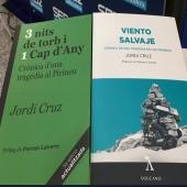 """@jordicruzserra parla de #3NITSDETORBI1CAPDANY  Avui, que fa 20 anys del pitjor temporal de torb, hem parlat de """"Viento Salvaje"""" de  @Volcano_Libros  i """"3 Nits de Torb"""" de  @simbol_editors , a """"Aquí, amb #josepcuni """", de  @SERCatalunya   Gràcies,  @fredi_vincent , per l'entrevista (minut 43 del podcast): https://cutt.ly/mje1m9p"""