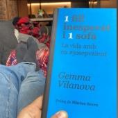 L'Anna ens comenta que en dos dies se l'ha llegit. També ens diu que és un llibre que transmet amor, força, empatia i esforç. Li ha agradat molt.
